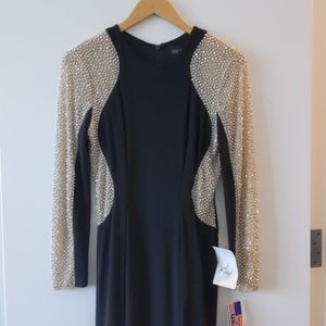 Xscape Gown NWT